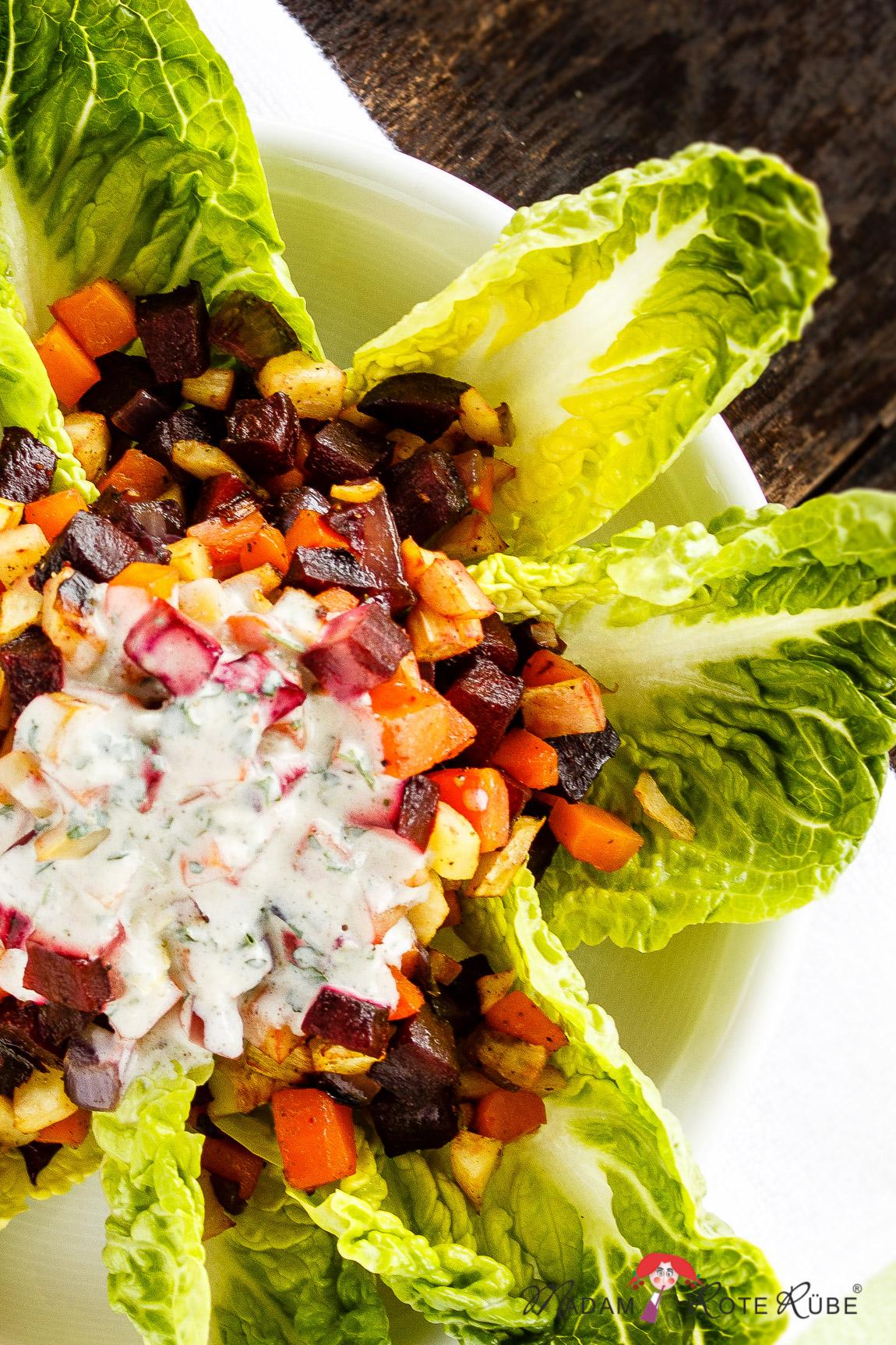 Madam Rote Rübe - Wurzelgemüse-Salat aus der Backröhre mit Knoblauchsauce