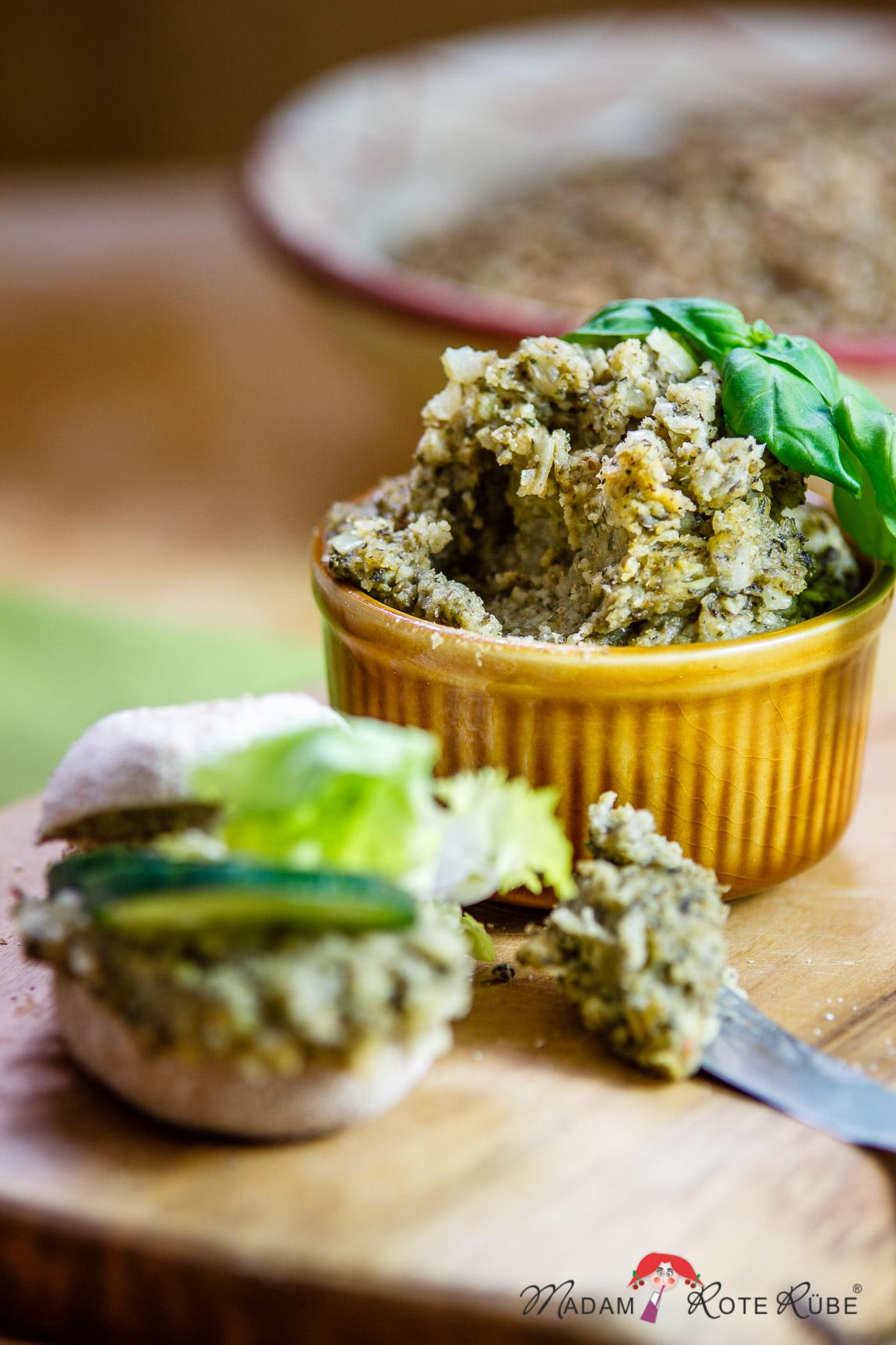 Madam Rote Rübe - vegetarischer Grünkernaufstrich nach Art der Pfälzer Leberwurst