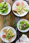 Dinkelvollkorn-Eierpfannkuchen mit Spargel & Erbsen in Kapern-Bechamelsauce