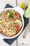 Rezept für Sommer-Nudelsalat mit Zucchini und Sesamsauce – mal anders aufgegabelt