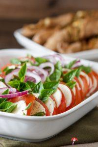Madam Rote Rübe - Insalata caprese - Tomaten-Mozzarella-Salat mit Basilikum