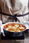 Restezauber | Auf der Zunge zergehende vegetarische Brotbuletten in würziger Curry-Sauce Berliner Art | Zu gut für die Tonne