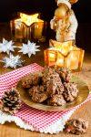 Saftige Haferflockenmakronen mit Schokoladenhäubchen aus der Weihnachtsbäckerei