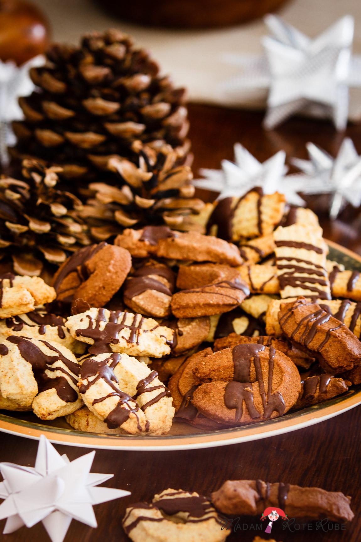 Weihnachtsplätzchen Mit Schokolade.Buttriges Orangen Mandel Spritzgebäck Schoko Spritzgebäck Aus Der