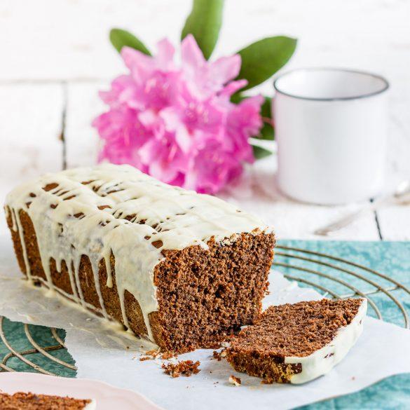 Madam Rote Rübe - Supersaftiger schokoladiger Buttermilch-Kuchen mit Dinkelvollkornmehl aus der Kastenform