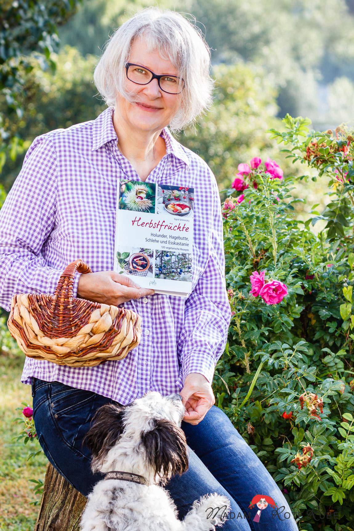 """Madam Rote Rübe und ihr Buch """"Herbstfrüchte"""""""