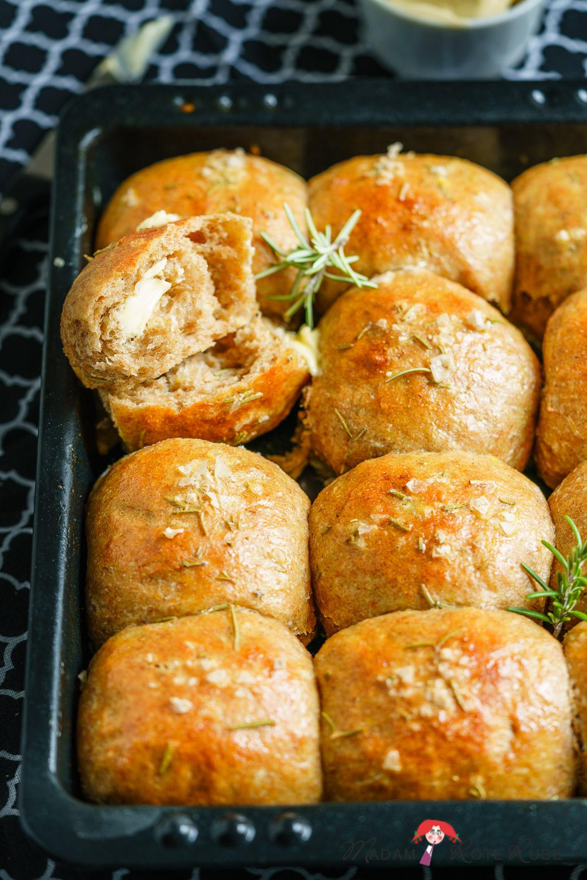 Madam Rote Rübe - Buttrige Kartoffel-Brötchen aus Dinkelvollkornmehl zum Verwöhnen
