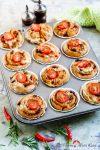 Madam Rote Rübe - Italienische Pizza-Muffins aus Vollkorn mit Pesto-Rosso - einfaches Party-Rezept