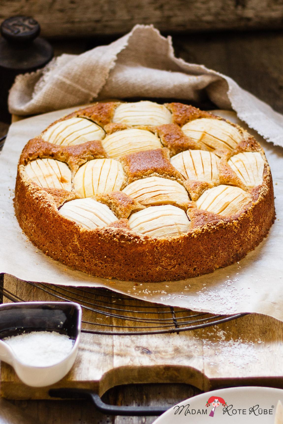Madam Rote Rübe - Einfacher Apfel-Kokos-Kuchen mit Dinkelvollkorn