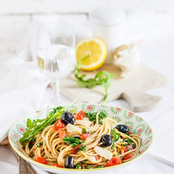 Madam Rote Rübe - Spaghetti mit Rucola und schwarzen Oliven
