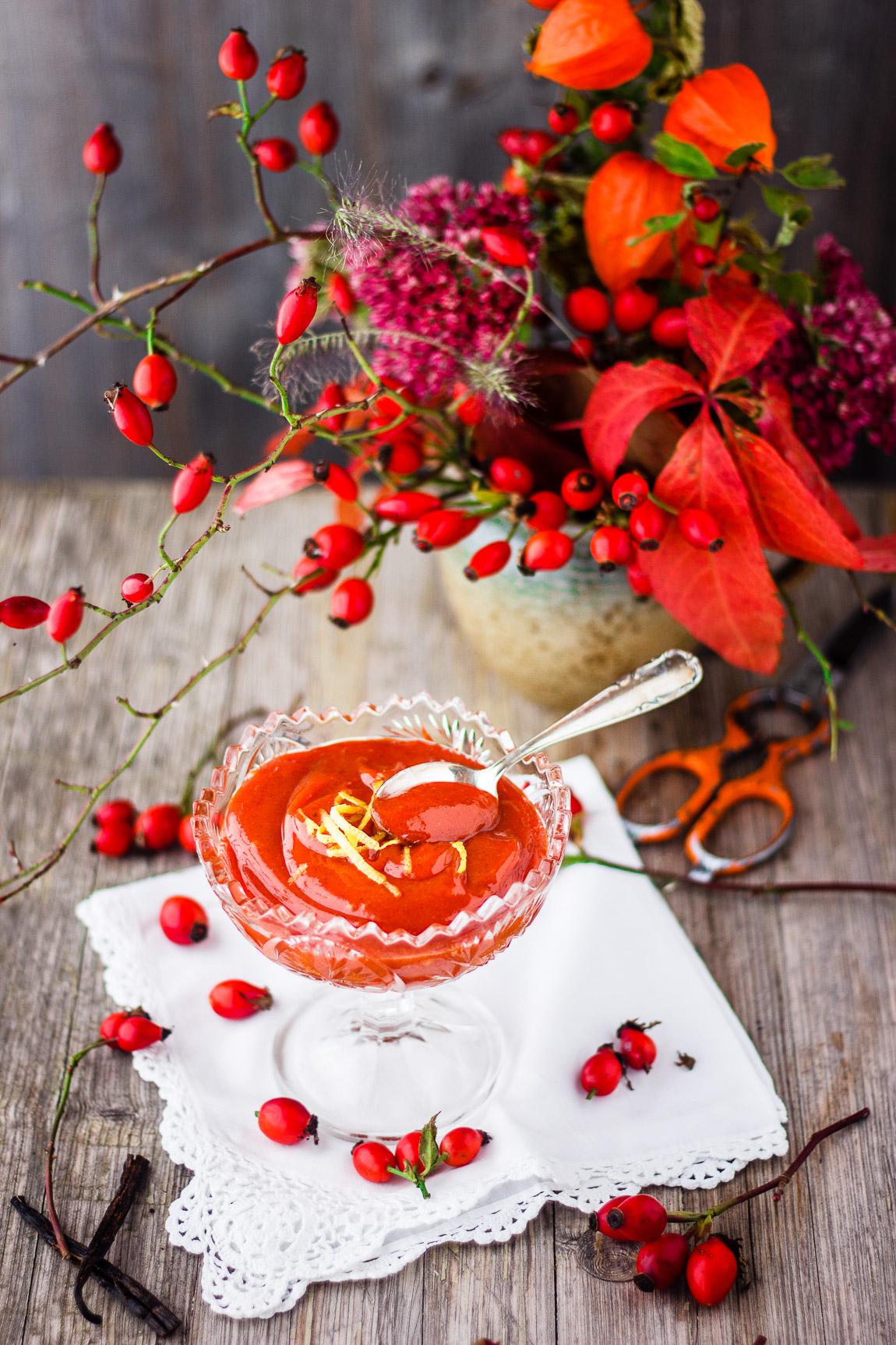 Hagebuttenfruchtaufstrich