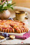 Madam Rote Rübe - gestürzter Pflaumenkuchen mit Dinkelvollkorn
