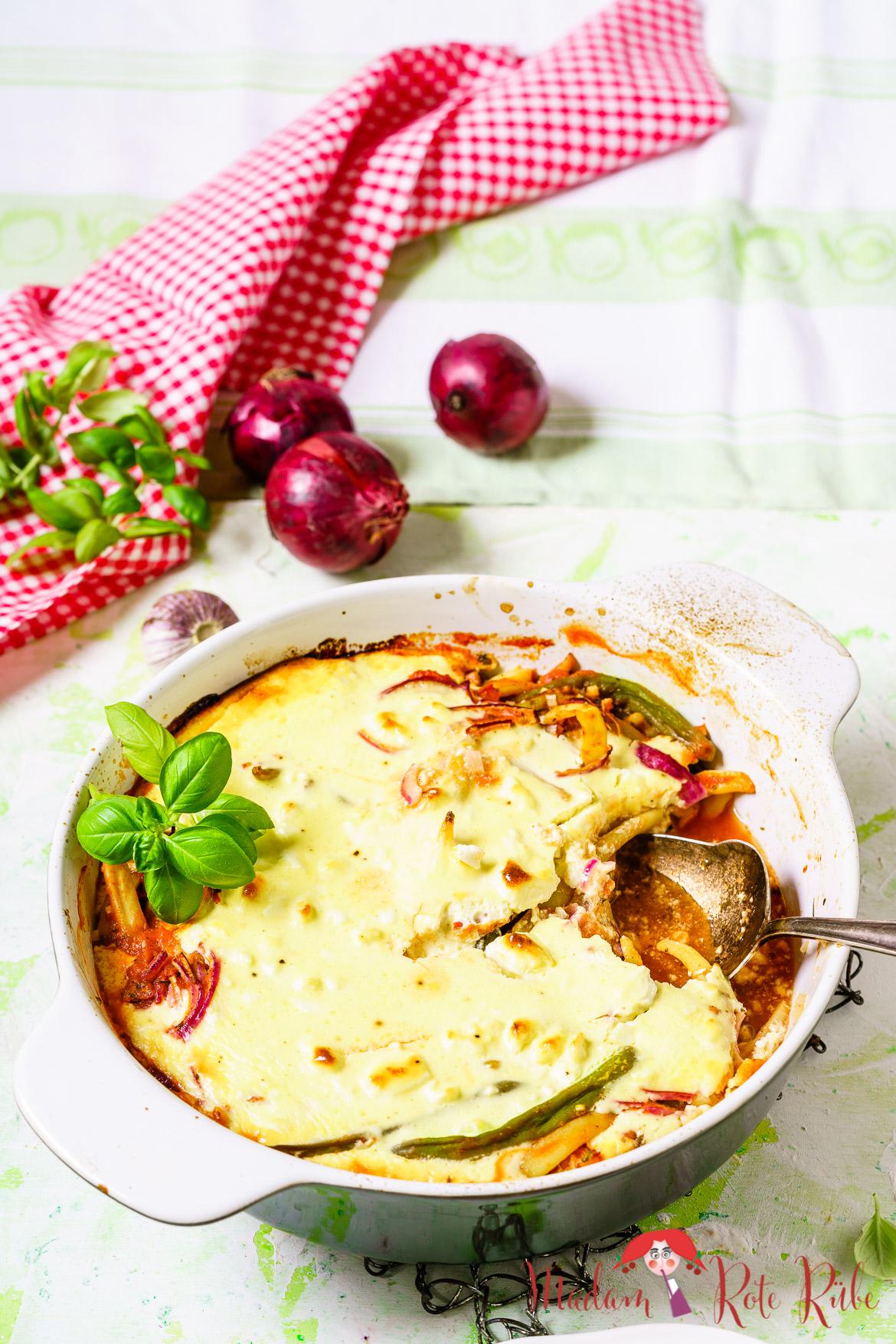 Madam Rote Rübe - Provenzalisches grüne Bohnen-Tomaten-Gratin mit Fetacreme
