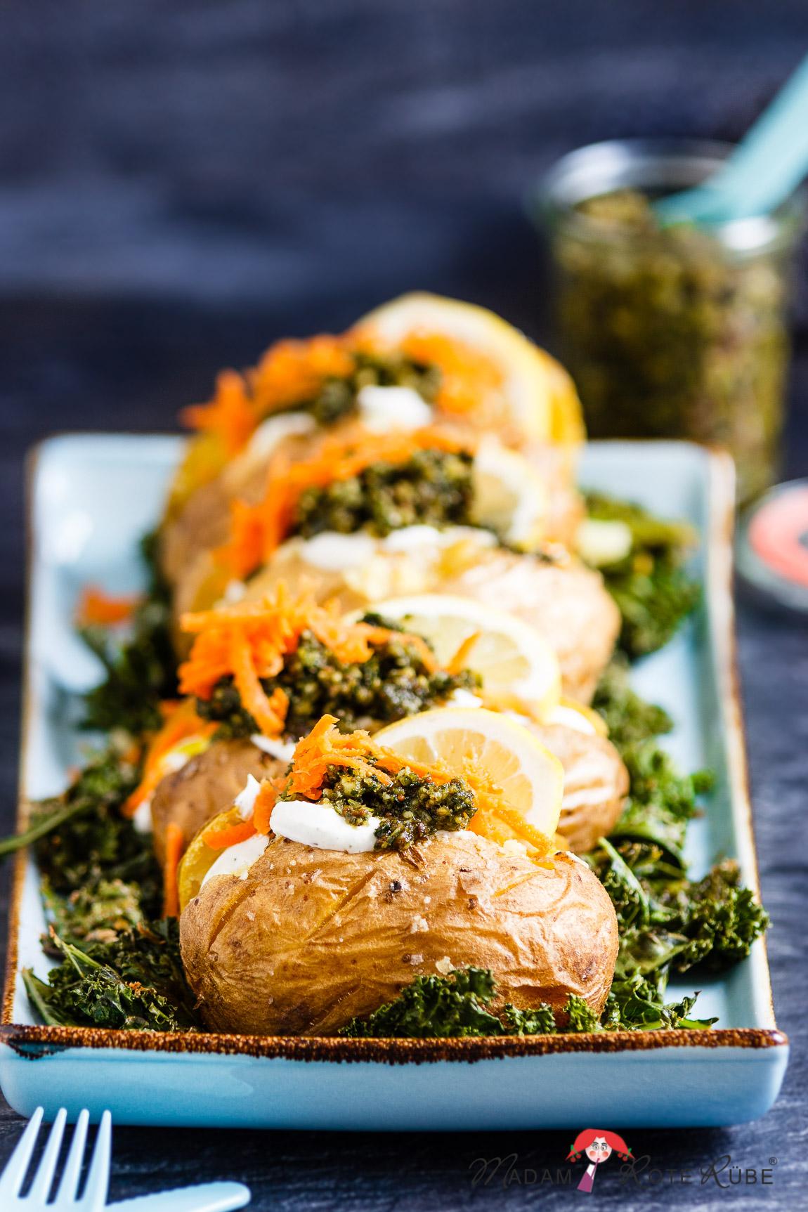 Madam Rote Rübe - Ofenkartoffeln mit Grünkohlpesto