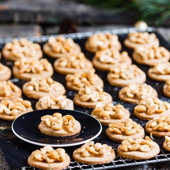 Madam Rote Rübe - Vollwertige Erdnuss-Cashew-Plätzchen mit Honigkaramell