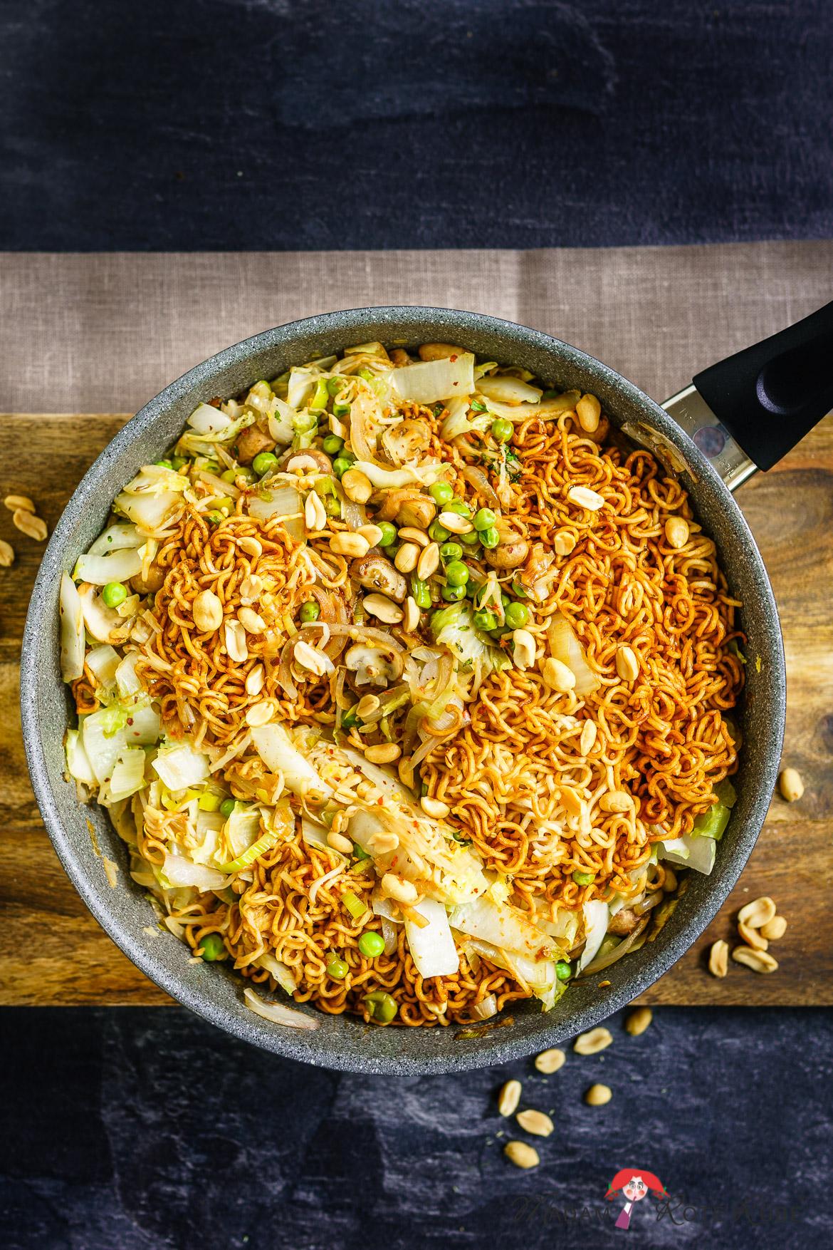 Madam Rote Rübe - Vegetarisches Bami-Goreng, das Pfannengericht aus der 30-Minuten-Küche