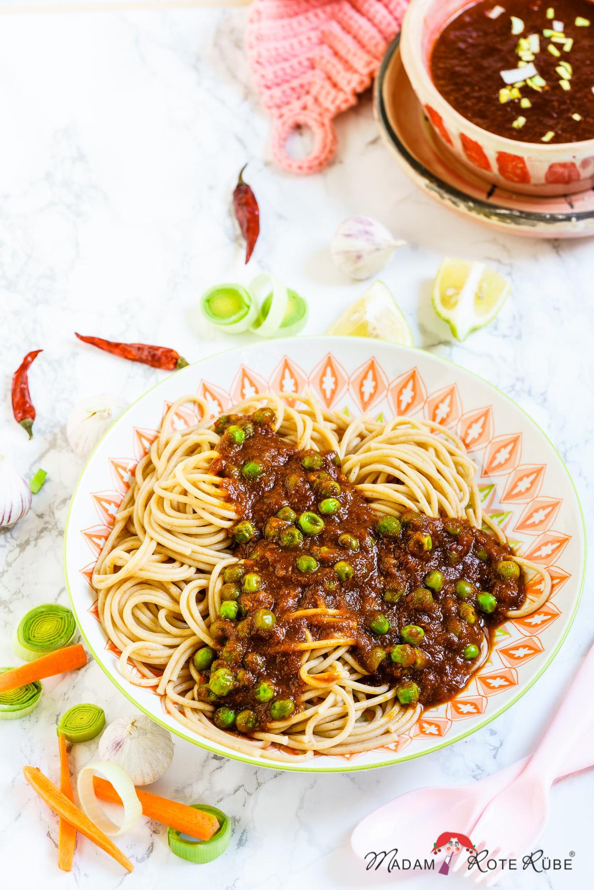 Madam Rote Rübe - Pasta mit würziger Gemüsesoße und Erbsen aus der 30-Minuten-Küche