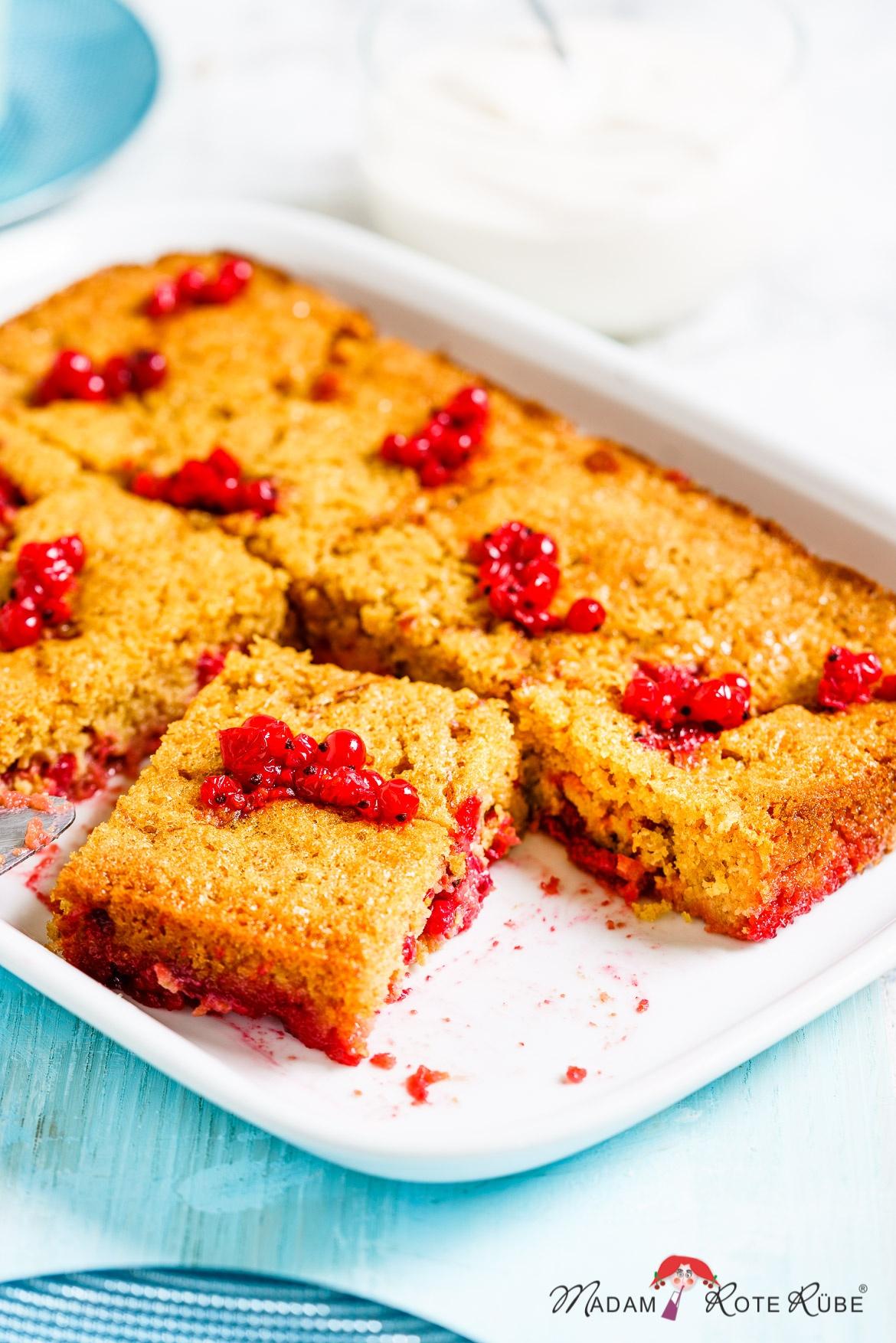 Johannisbeer-Dessertkuchen - Madam Rote Rübe