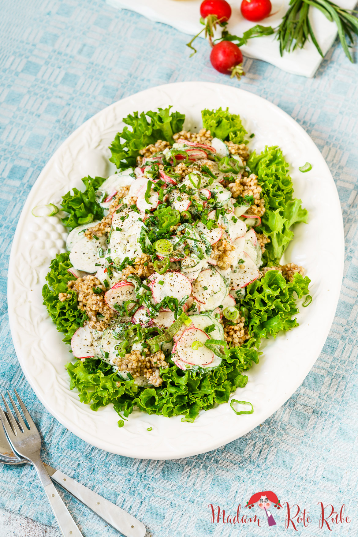 Madam Rote Rübe - Radieschen-Gurken-Salat mit Buchweizen